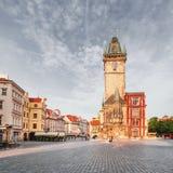Câmara municipal velha da cidade em Praga, vista do quadrado Imagem de Stock Royalty Free