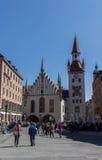 Câmara municipal velha de Munich em Marienplatz, Alemanha, 2015 fotografia de stock royalty free
