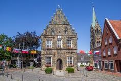 Câmara municipal velha no centro de Schuttorf Fotos de Stock Royalty Free
