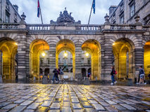 Câmaras da cidade que constroem na milha real fotos de stock royalty free