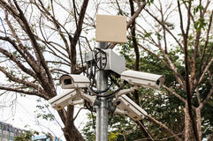 Câmaras de segurança da fiscalização do CCTV para a segurança pública Fotografia de Stock Royalty Free