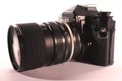 Câmera análoga profissional com lente fotografia de stock royalty free