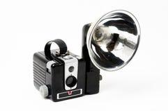 Câmera de caixa clássica com flash fotografia de stock