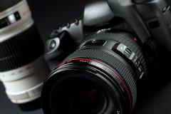 Câmera de Digitas SLR Fotografia de Stock