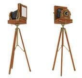 Câmera do grande formato do vintage isolada imagem de stock royalty free