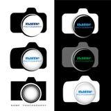 Câmera/logotipo da fotografia que pode ser usado por fotógrafo ou por estúdios Fotos de Stock Royalty Free