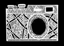 Câmera retro preto e branco da foto no estilo do zentangle Fotos de Stock Royalty Free