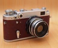 Câmera vermelha da película do vintage Imagens de Stock