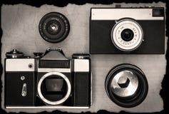 Câmeras manuais velhas com lente Fotos de Stock Royalty Free