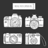Câmeras tiradas mão da foto ajustadas Vintage do vetor ilustração do vetor