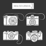 Câmeras tiradas mão da foto ajustadas Vintage do vetor ilustração royalty free