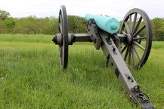 Cânone da guerra civil indicado no campo Foto de Stock