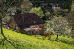 Cénac, villaggio francese in valle della Dordogna fotografie stock libere da diritti