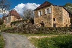 Cénac, villaggio francese in valle della Dordogna immagini stock