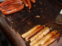 Cães quentes e salsicha Fotos de Stock Royalty Free