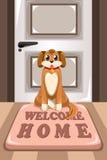 Cão bonito que senta-se em uma esteira Fotos de Stock Royalty Free