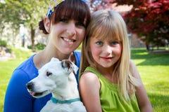 Cão da família Foto de Stock Royalty Free
