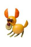 Cão de salto engraçado feito dos frutos fotos de stock royalty free