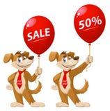 Cão engraçado que guarda o balão com sinal da venda Imagens de Stock Royalty Free