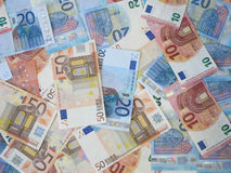Cédulas do dinheiro do Euro dispersadas Imagens de Stock