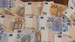 Cédulas do Euro no vídeo curto filme