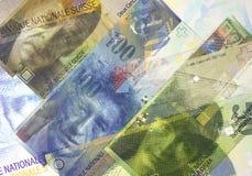 Cédulas do franco suíço de denominações diferentes Fundo abstrato do dinheiro Imagens de Stock Royalty Free