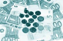 Cédulas e moedas do Euro Fotografia de Stock
