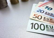 Cédulas e moedas do Euro Foto de Stock Royalty Free