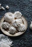 Céfiro hecho en casa de la vainilla, melcochas blancas deliciosas Imagen de archivo libre de regalías