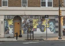 ` Célèbre de contreseings de ` par David McShane, sur l'extérieur des contreseings sales, Philadelphie Image libre de droits