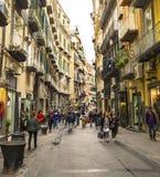 Célèbre par l'intermédiaire de Chiaia à Naples, Italie Image stock