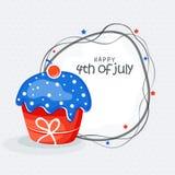 Célébration américaine de Jour de la Déclaration d'Indépendance avec le petit gâteau Photos libres de droits