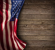 Célébration américaine patriotique - drapeau âgé des Etats-Unis Images stock