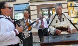 Célébration de la broderie et du borscht_6 photos stock