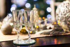 Célébration de Noël et de nouvelle année avec le champagne images libres de droits
