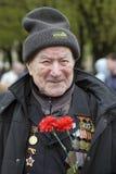 Célébration de Victory Day à Moscou Verticale d'homme aîné Photo stock