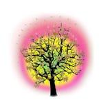 Célébration heureuse, arbre drôle avec des symboles de vacances Photographie stock libre de droits