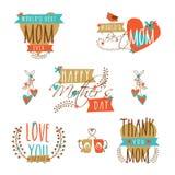 Célébration heureuse du jour de mère avec la collection typographique Photos libres de droits