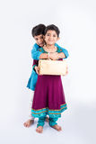 Célébration indienne de frère et de soeur rakshabandhan ou festival de rakhi Photo libre de droits