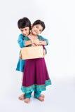Célébration indienne de frère et de soeur rakshabandhan ou festival de rakhi Photographie stock