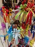 Célébration le lendemain de Noël avec la collection colorée de ruban de variété pour le cadeau Images stock