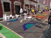 Célébration religieuse Tegucigalpa Honduras d'été de préparation de tapis colorée par sciure 2019 9 photos libres de droits