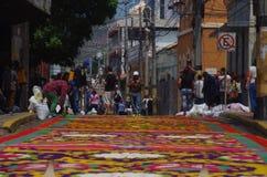 Célébration religieuse Tegucigalpa Honduras d'été de préparation de tapis colorée par sciure 2019 18 photographie stock