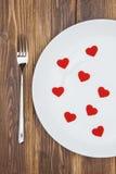 Célébrez le jour de valentine, coeurs forment d'un plat Photo libre de droits