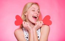 Célébrez le jour de valentines Rêve romantique d'humeur de fille au sujet de date Décoration de valentines de coeur de prise de f image libre de droits