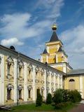 Células y templo monásticos de todo el placer que se aflige Imagen de archivo libre de regalías