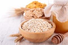 Céréales, lait et miel images stock