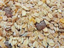 Céréales ou muesli savoureuses pour le petit déjeuner images stock