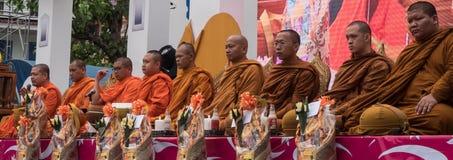 Cérémonie d'aumône de moines, Thaïlande photo libre de droits