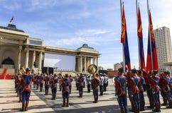 Cérémonie de drapeau dans la place de Chinggis, Mongolie image libre de droits